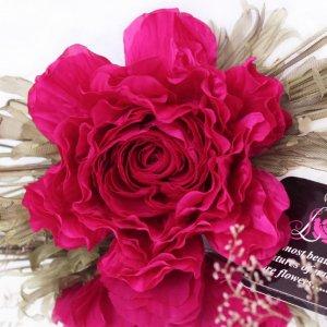 Робота Брошь - заколка пион «Ягодка». Цветы из ткани