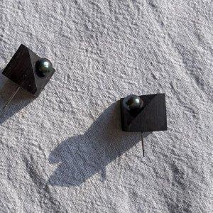 Робота Сережки Куб з перлиною