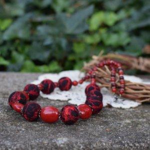 Робота Чорне намисто червоні коралі буси на подарунок