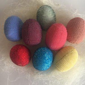 Робота Яйце з бісеру