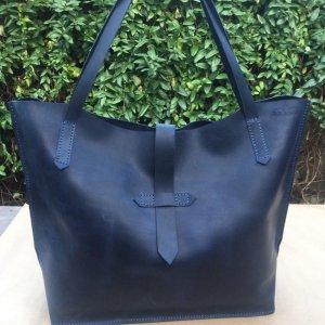 Шкіряна сумка жіноча
