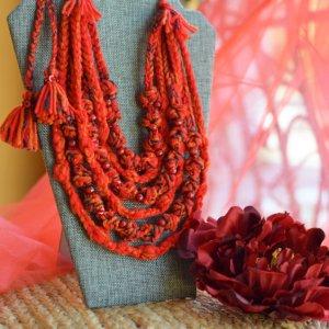 Робота Червоне етно намисто, українські коралі, буси, подарок