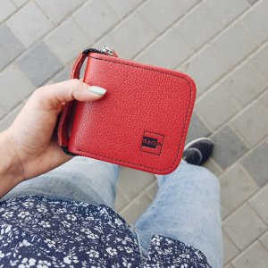 Робота Жіночий червоний гаманець