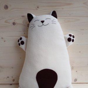 Робота Подушка - іграшка Кіт (темні цятки)