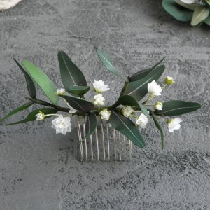 Робота Гребінь для волосся з евкаліптом і білими квітами гіпсофіли