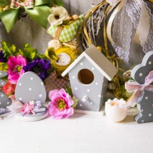 Робота Шпаківня, яйце та кролики декоровані