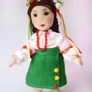 Робота Лялька українка в національному костюмі