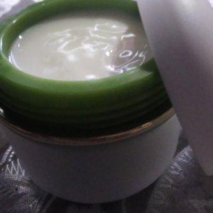 Робота Зміцнюючий крем для шкіри І СУДИН З рутини і вітаміном С