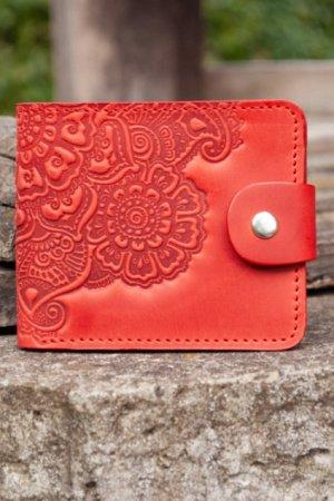 Кошелек женский кожаный красный с орнаментом