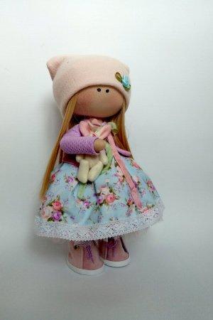 лялька з зайчиком
