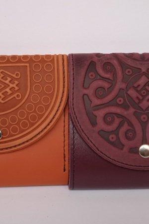Жіночий гаманець шкіряний з тисненням